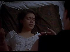 Alyssa Milano naked - Embrace of the Vampire (1995) - by Search Celebrity HD