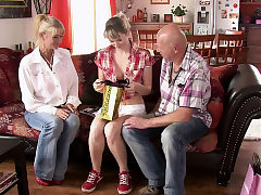 He finds his hotwife teenager gf fucking with older parents
