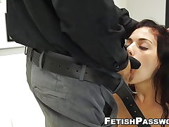 Stellar Gina Valentina cunt toughly stretched on casting