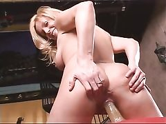 Blond solo bitch loves fitness and dildo